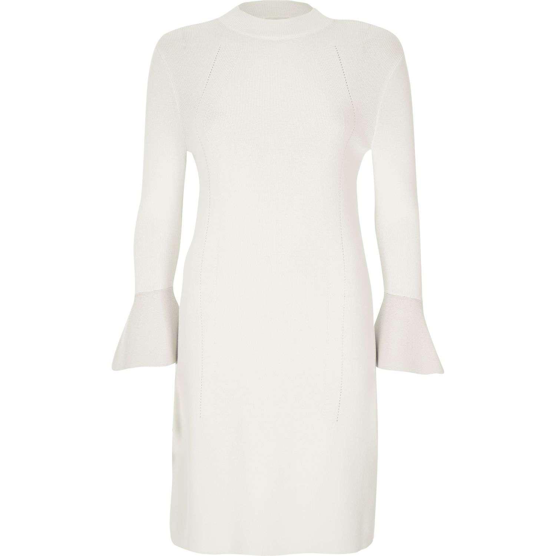 Beyaz Triko Elbise